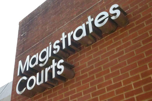 suicide-in-magistrate-court